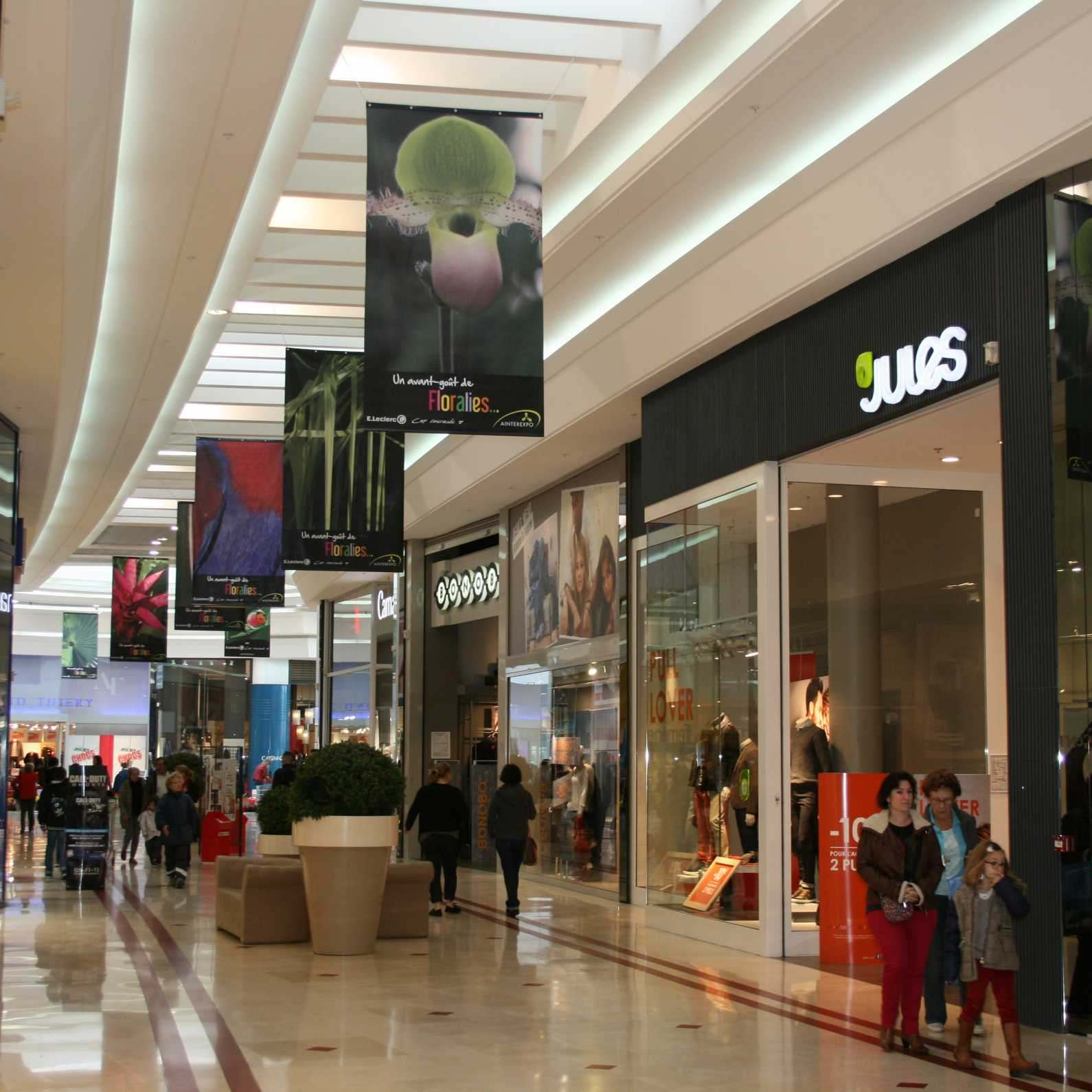 Centre commercial impression kakemonos Floralies 1